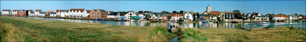 Wivenhoe Waterfront (copyright Sue Murray ARPS)